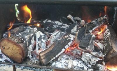Hardwood charcoal fire